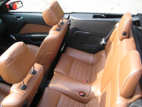 2013 Ford Mustang GT convertible - rear seats