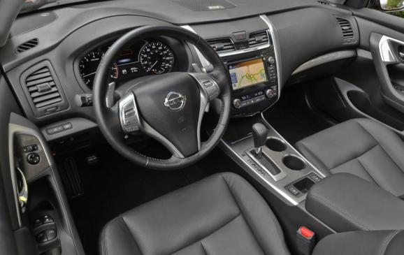 2013 Nissan Altima - Interior