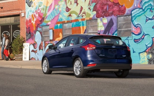 <p><strong></strong>Like the Hyundai Accent, Ford's compact Focus has fallen out of the top 10 to #11 among passenger cars and, with sales of 3,049 cars down by 7.7% in Q1, to #29 overall.</p>