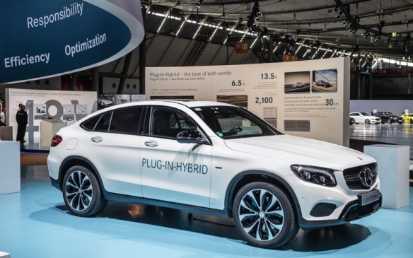 "<p>Plug-in hybrids will play a key role in allowing emission-free local driving at Mercedes-Benz by offering the best of both worlds – all-electric drive in urban areas and combustion-engine power for long distance driving. Mercedes will offer eight plug-in hybrids by the end of 2016 in various markets. The next big advance will come in 2017 when the face-lifted S-50 e comes to market with an all-electric operating range in excess of 50 km. This will be possible because of advances in lithium-ion batteries and ""further optimized intelligent operating strategies"". </p>"