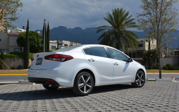 <p>Kia has five sedans on offer with the Forte occupying the compact sedan segment. It slots in between the more city-like Rio and the mid-size Optima, with the larger Cadenza and premium K900 occupying the upper echelons of the lineup.</p>