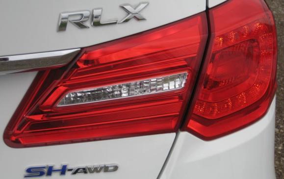 2015 Acura RLX - taillight