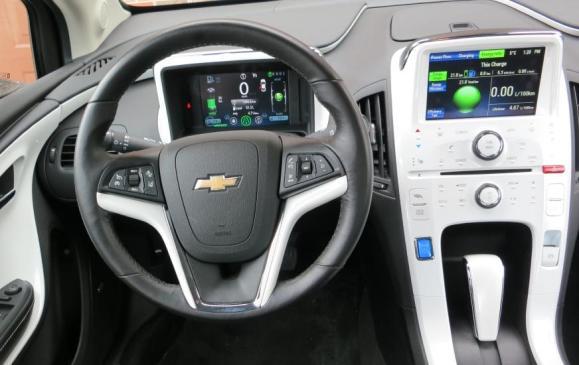 2013 Chevrolet Volt - driver's view