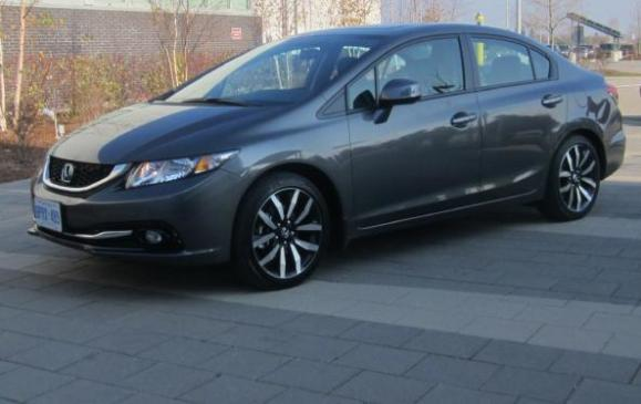 2013 Honda Civic sedan - front 3/4 view