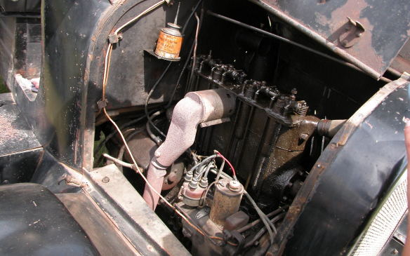 <p>Chevrolet actually offered a V-8 engine in 1917-18 bit this 1918 truck has a much-more-common four-cylinder.</p>