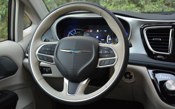 <p>I wasn't sure what to expect when hauling this minivan around town, but its handling stays balanced and it provides great road feel with a nicely-weighted steering wheel.</p>