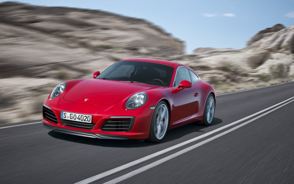 <p>This is the first 911 Carrera to break the 4-second barrier from 0-to-100 km/h.</p>