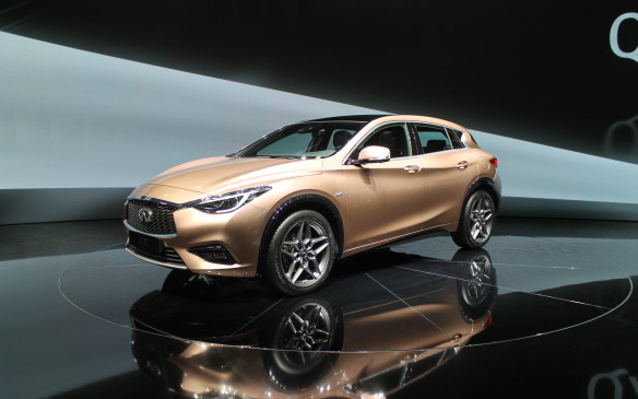 <p>We'll only get one version of Infiniti's new compact Q30 when it arrives next year. It'll come with a 2.0L, four-cylinder turbocharged gasoline engine, seven-speed dual-clutch automatic transmission, and front-wheel drive.</p>