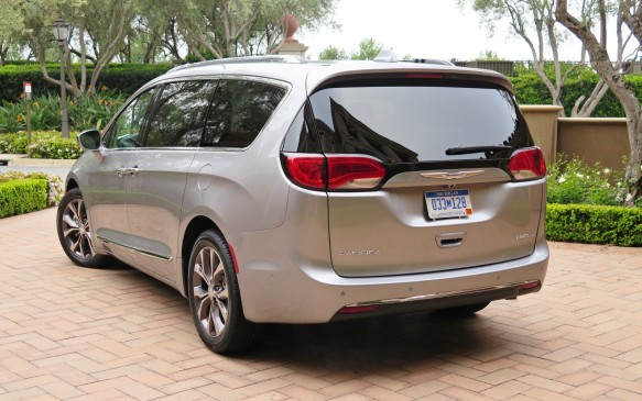 <p>The Pacifica is more than 100 kilos lighter than the outgoing Town & Country, despite a raft of new equipment and safety features. It is also 68% stiffer. Innovation is the name of this game – aluminum is used for the exterior of the sliding side doors, the liftgate and suspension components, and magnesium for the inner door structures and the cross-vehicle beam behind the dash.</p>