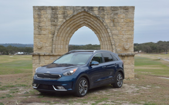 <p>The Niro will slot into the Kia lineup between the Rondo and Sportage. Even though its overall size and passenger space is close to the Sportage, the Niro's sleek, unique look makes it stand out on its own. It's built on its own platform not shared by any other vehicle.</p>