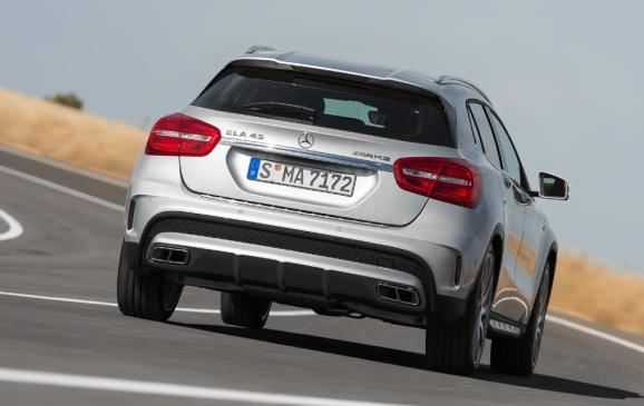2015 Mercedes-Benz GLA 45 AMG - rear view on track