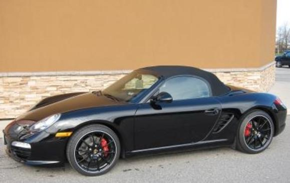 Porsche Boxster 2011 Black edition top up