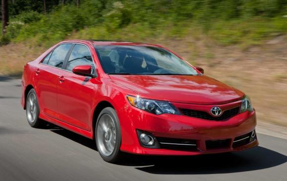 <p>Redesigned for 2012 to excise some of its dull character, the Toyota Camry used improved versions of two familiar engines: a 178-hp, 2.5-L four-cylinder and a 268-hp 3.5-L V-6. Both work exclusively with a six-speed automatic transmission tuned to deliver better fuel economy. The base suspension remains a little mushy and the steering is vague, although the SE model employed better components and larger wheels to provide a more inspired ride. There's a reason the Toyota Camry is America's favourite sedan and a fixture in many taxi fleets these days: it works almost flawlessly. It's the car consumers flee to when they're fed up with problems with the other brands.</p>