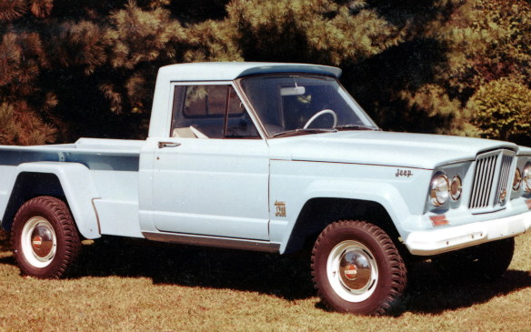 <p>Jeep continued to make pickups into the mid-1960s. This model is from 1960.</p>