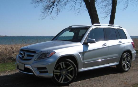 2013 Mercedes-Benz GLK 350 - side 3/4 view