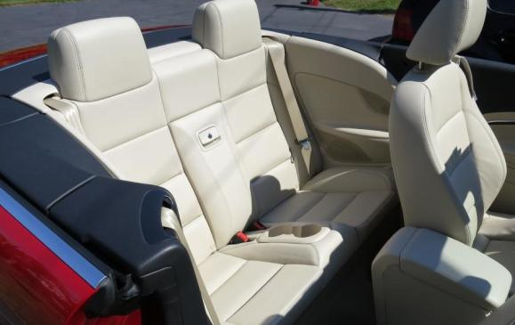 2013 Volkswagen Eos -rear seat top down