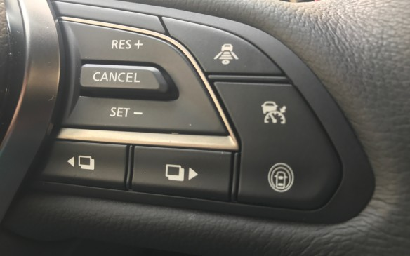 <p>The driver's assistance features are now both intuitive and virtually seamless. Press the button on the steering wheel and the car will monitor its entire surroundings with a combination of sonar and visual camera sensors.</p>