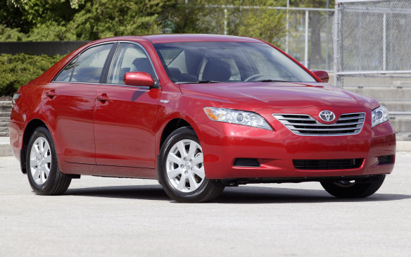 <p><strong>2007-11 Toyota Camry Hybrid</strong></p> <p>Gasoline-electric hybrids have been around for more than a decade now, yet the predicted failed-battery pandemic hasn't materialized. Consider the mid-size Toyota Camry Hybrid, a well-regarded sedan that was made extraordinarily good when boosted with Hybrid Synergy Drive technology. Seemingly powered by good intentions, the Camry Hybrid could sprint to 97 km/h in 7.6 seconds – a full second quicker than a regular four-cylinder Camry.</p>