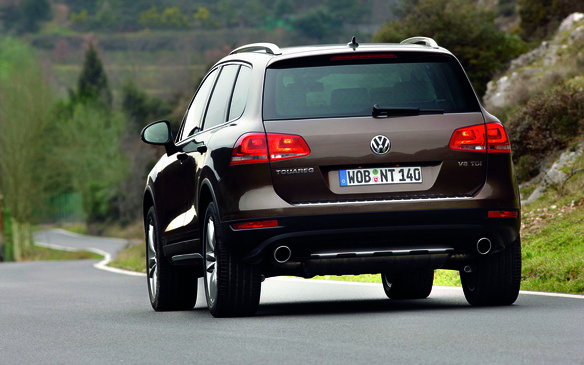 <p>As Volkswagen's mid-size sport utility of record, the Touareg boasts a generous towing capacity of 3500 kg (7,716 lb), whether it comes equipped with the 3.6-litre V-6 gasoline engine making 280 hp and 265 lb-ft of torque, or the 3.0-litre V-6 turbodiesel, good for 240 hp and a lofty 406 lb-ft of torque. That's pretty impressive towing talent for a unibody vehicle; that is, one where the body and chassis components are integrated into a single unit, rather than the body-on-frame construction that trucks have traditionally relied on.</p>