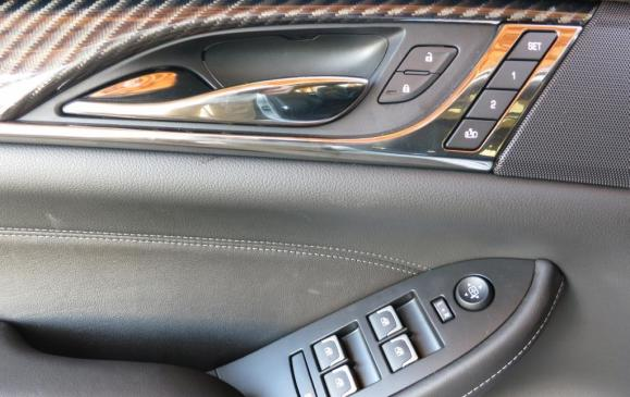2014 Cadillac CTS - driver's door detail