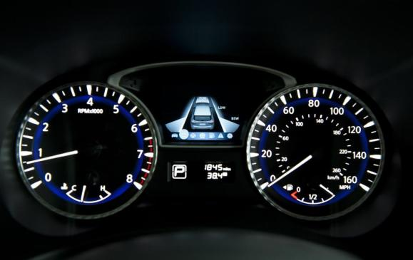 Infiniti JX Backup Collision Intervention (BCI) display