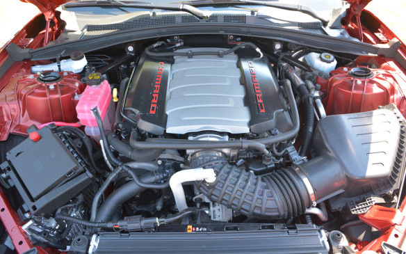 <p>In addition to the topofthe-line 455 hp V-8 powered SS variant, the 2016 Camaro can be had with both V-6 and inline four-cylinder powerplants. Rated a 275 hp and 295 lbft of torque, the 2.0-litre turbocharged I4 equipped Camaro promises 0-to-97 km/h (0-to-60 mph) times under six seconds.</p>