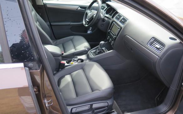 <p>2015 Volkswagen Jetta</p>