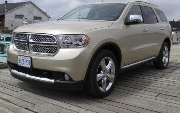 2012 Dodge Durango - front 3/4 view