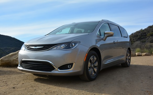 <p><strong></strong>If you want a hybrid but need a minivan you're finally in luck. Meet the 2017 Chrysler Pacifica Hybrid, the first electrified minivan available in North America.</p>