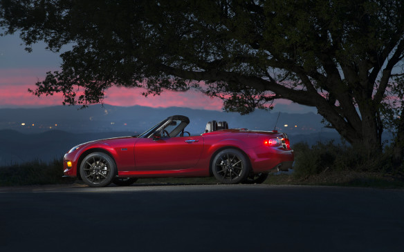 <p>Mazda launched its third-generation MX-5 Miata for 2006 to give its growing fans (literally) a roomier sports car with a wider body and a 6-cm-longer wheelbase for better legroom. The chassis was 47% more resistant to twisting, yet the curb weight upticked by just 25 kg. The Mazda3's 2.0-litre DOHC 4-cylinder provided 167 hp and 140 lb-ft of torque in the MX-5, thanks to a 2-stage intake manifold. The snickity 5-speed and 6-speed manual gearboxes remained among the best shifters in the world, while the optional 6-speed automatic came with shift paddles.</p> <p></p>