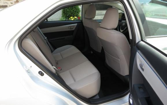 2014 Toyota Corolla - rear seat
