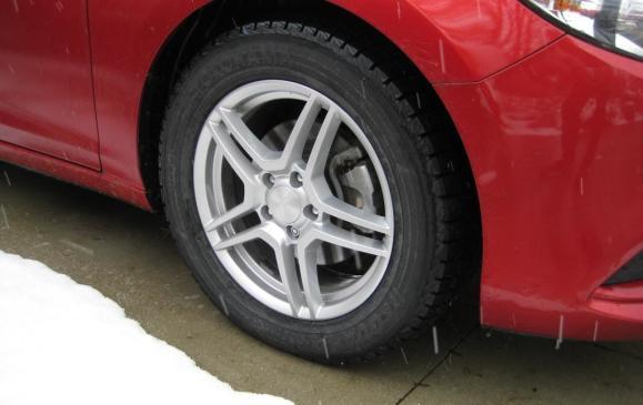 Yokohama iceGUARD i52C winter tire