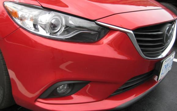 2014 Mazda6 GT - headlight and grille detail