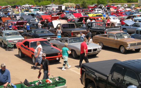 <p><strong>June 6-7 – </strong>The Golden Age Auto Club can lay claim to having one of the oldest antique auto clubs in Nova Scotia and its annual Show and Shine has grown dramatically in its 33 years. While the show struggled to get over 40 cars in its first year of 1975,by l 1994 it broke the thousand-vehicle mark.</p>