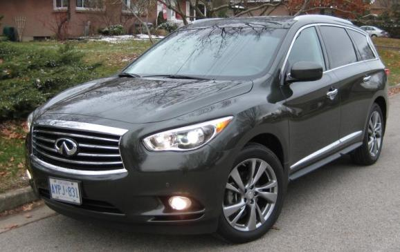 2013 Infiniti JX35 - front 3/4 view