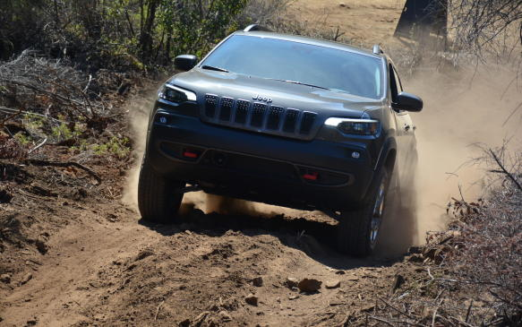 <p>The Cherokee never drifted far from Jeep's traditional styling until its fifth-generation version was introduced back in 2014. It had a polarizing design that separated the headlights from its daytime running lamps and wasn't universally well received. For 2019, those two components are brought back together in a sleek form, unlike its squinting predecessor.</p>