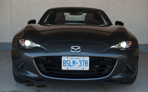 "<p>Mazda, on the other has kept the MX-5's design – and this colour – tasteful and stylish, allowing the car to speak for itself. No flashy bright colour to ""pop"" here, and in keeping everything one tone, it keeps it appealing to me. I still prefer the one-bulb headlamp design as well.</p> <p>Plus, the Mazda looks like it's smiling at me.</p> <p><strong></strong></p> <p><strong>Exterior Styling Winner:  Tie      </strong></p>"