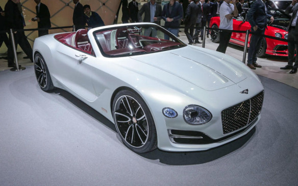 <p>The 2-seater, electric-powered Bentley EXP12 Speed 6e mixes traditional Bentley design cues – such as the mesh grille and strong rear haunches – with new low-nose proportions for a very un-Bentley-like look of grace and subtlety.</p>