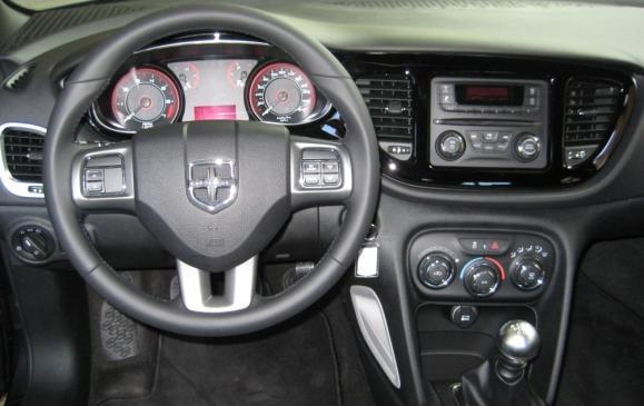 2013 Dodge Dart Rally - steering wheel & instrument panel