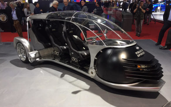 <p>The Tracto-Sphere from Swiss specialty-car builder Sbarro is a truly bizarre 400cc three-seater prototype, which has a six-speed manual gearbox and a hybrid powertrain.</p>