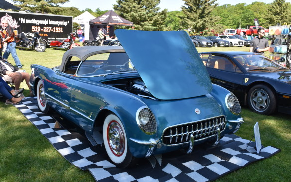 <p>1954 Corvette</p>