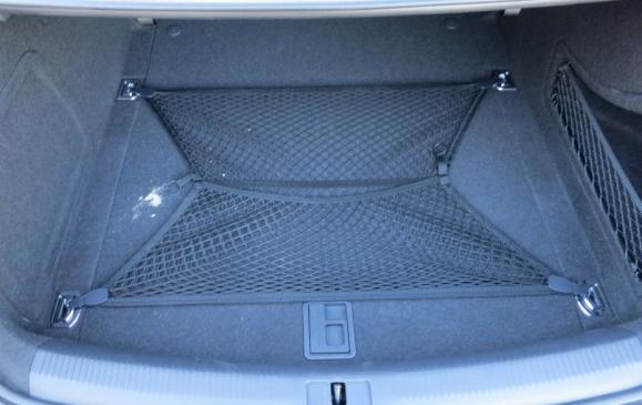 2013 Audi A4 - trunk with webbing