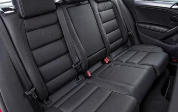 2012 Volkswagen Golf R - back seats