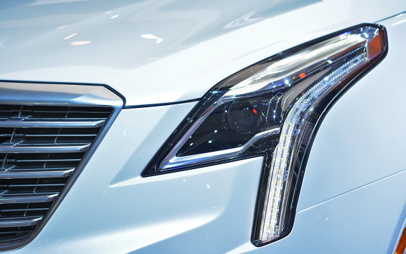 <p>Replacing Cadillac's aging SRX crossover, the 2017 XT5 is nothing like its predecessor. The softened lines of the brand's new design language speak to the distinctly contemporary new Cadillac. The LED daytime running lamps that pipe down from the main headlamp housing are similar to that of the new CT6 sedan, and cement the brand's new look.</p>