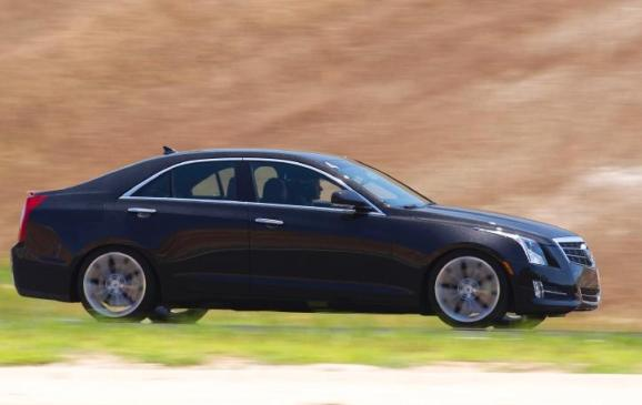 2013 Cadillac ATS - side view motion