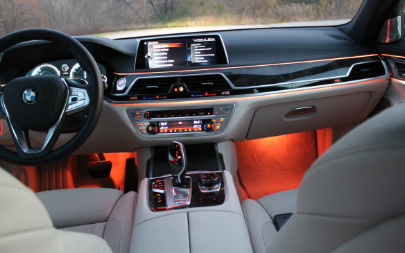 <p><strong></strong>The ambient lighting is available both front and back.</p>