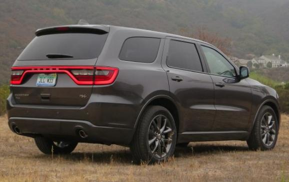 2014 Dodge Durango - rear 3/4 view