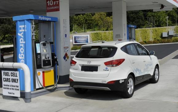 <p><strong>2015 Hyundai Tucson FCV (100-kW hydrogen fuel cell) - </strong>While several automakers have offered versions of hydrogen fuel cell vehicles for sale in North America on a limited basis, none have been impressive enough to score highly with the Ward's editors. Until now. Hyundai seriously impressed the judges with its Tucson FCV, mainly because the company was able to fit the entire fuel-cell 'stack', including the 100-kW electric motor, right under the hood. Everything else, from the cabin to the build quality and driving characteristics are almost identical to a 'regular' SUV, except for the near-silent running, of course. The Tucson FCV will be available in Canada, although limited to British Columbia for now.</p>
