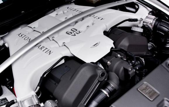 2013 Aston Martin V12 Vantage Roadster - engine