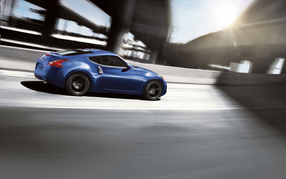 <p>The Nissan 370Z two-door sports car seems to us to resemble Canada's only baseball team, the Toronto Blue Jays. Based on the makeup of this year's roster, it definitely has nothing to do with speed, and mostly to do with an old, tiring act that's slowly coming apart at the seams.</p> <p>The Blue Jays have made two exciting consecutive playoff runs that have captivated their fans into a frenzy, and the same can be said when the 370Z whizzes by. It still looks good! But when you take a closer look into the Z – its naturally-aspirated 3.7-litre V-6 engine seems outdated as most competitors go with a turbo-four. Both entities are in need of a change!</p>